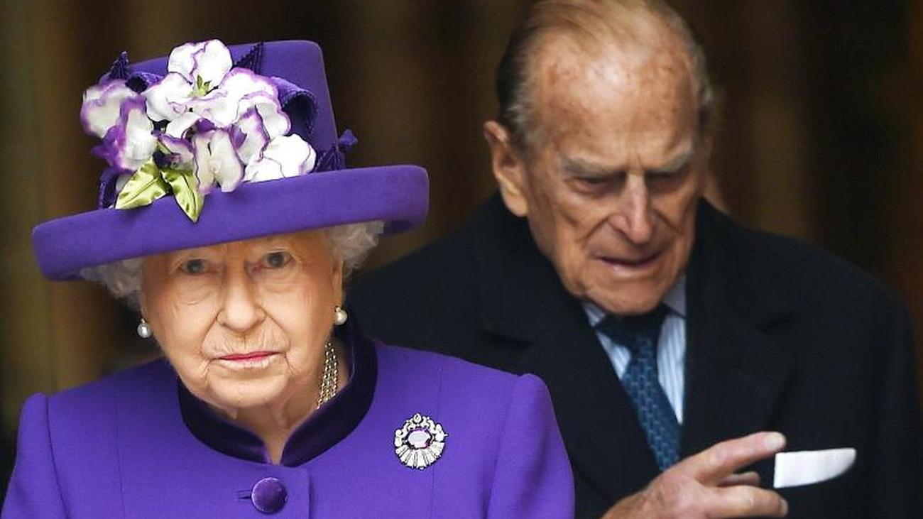 Coronavirus Queen And Prince Philip Withdraw To Windsor Teller Report