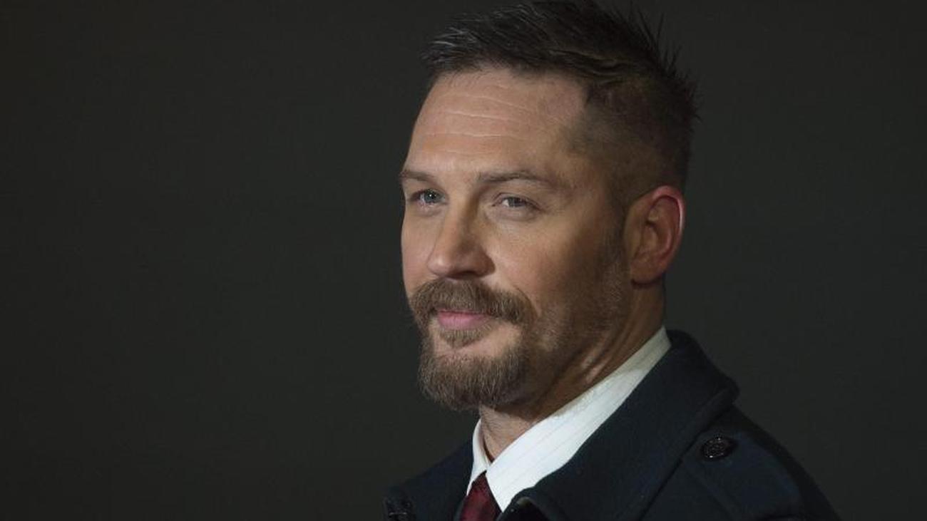 Gay british tv show host