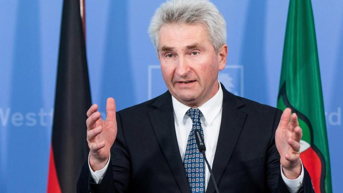 Thyssenkrupp: Pinkwart bringt Deutsche Stahl AG ins Spiel