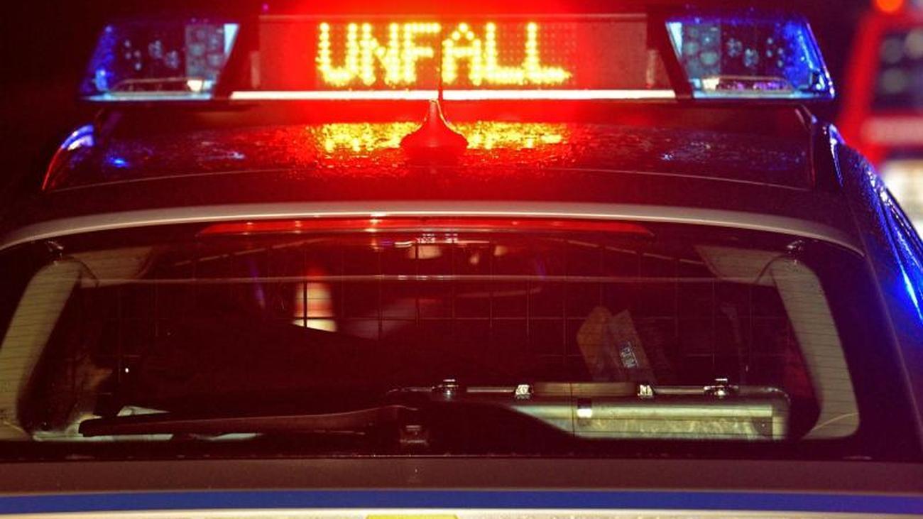 Drei Verletzte bei Auffahrunfall auf der Autobahn 2