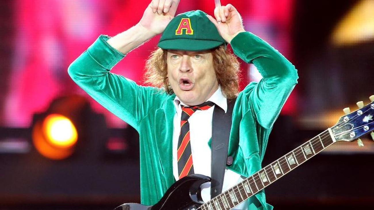 "AC/DC-Gitarrist Young: ""Haargenau derselbe Typ wie früher"""