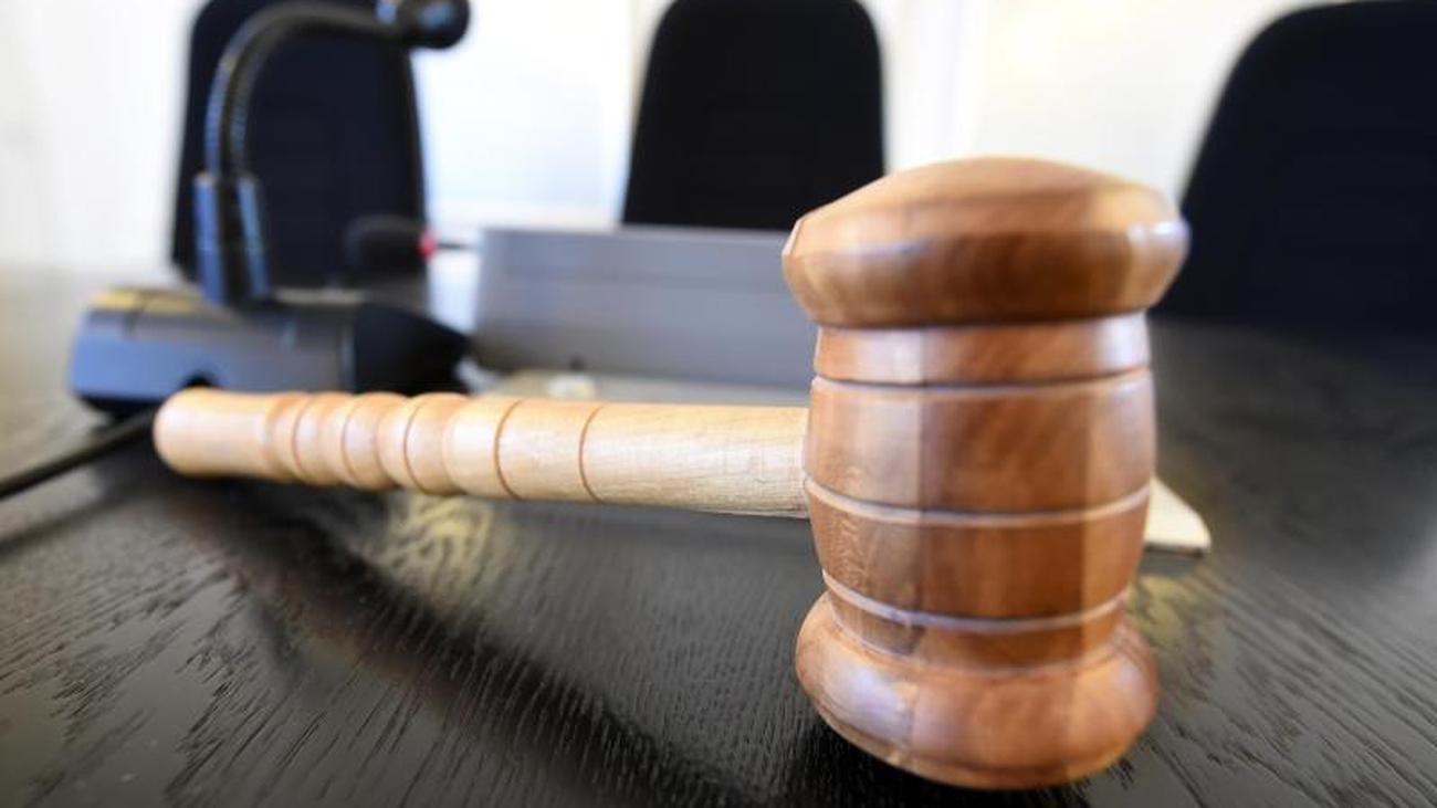 Sohn soll Mutter mit Beil getötet haben: Prozess beginnt