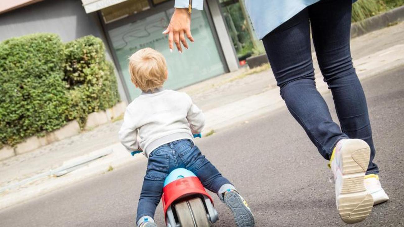 Familien: Freibetrag für Alleinerziehende dauerhaft ...