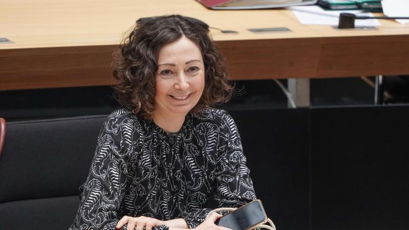 Senat: Berlin lockert Kontaktbeschränkungen für private