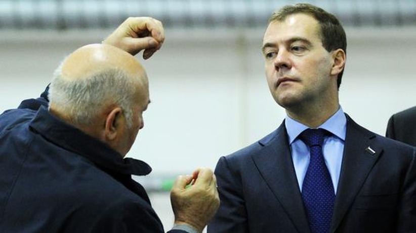 Moskau: Lushkow vergleicht Medwedjew mit Stalin