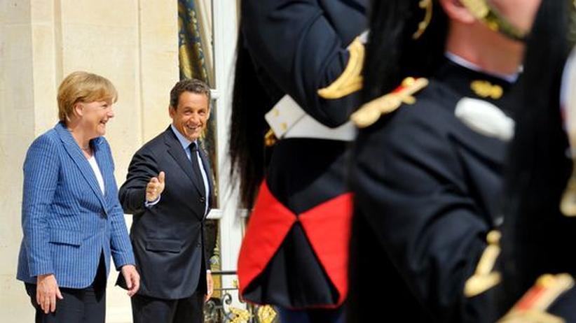 Schuldenkrise: Merkel und Sarkozy schlagen Euro-Wirtschaftsregierung vor