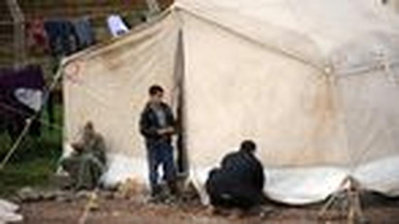 Bürgerkrieg: Syriens Flüchtlinge wollen Waffen