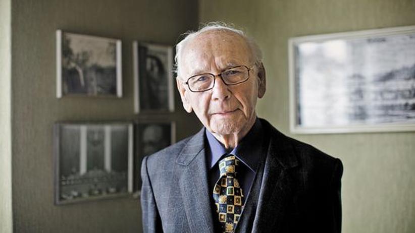 Hans Klecatsky: Der falsche Mann am Telefon