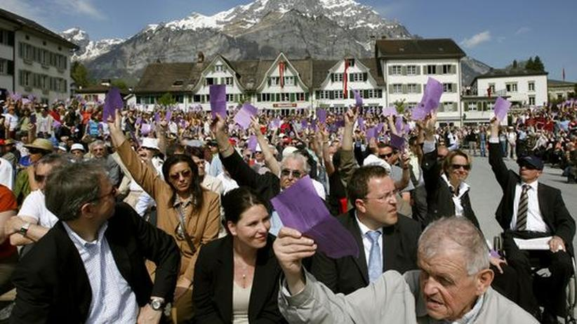 "Schweizer Demokratie: ""Seht euch das an!"""