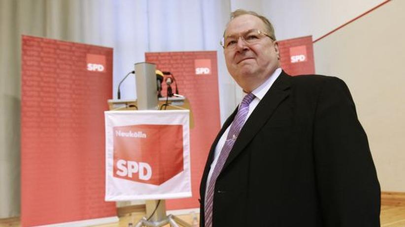 """Heinz Buschkowsky: """"Da helfe ich gerne beim Kofferpacken"""""""
