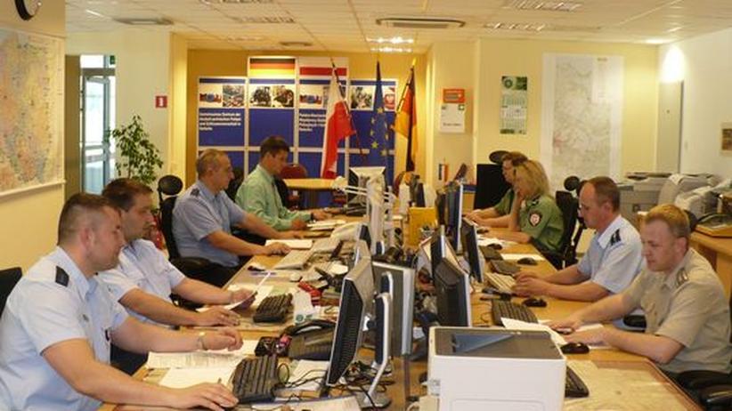 Schengen-Raum: Über die Verbrecherjagd zur Völkerfreundschaft