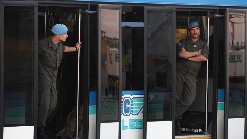 UN-Soldaten: Österreichische UN-Soldaten am Flughafen Wien-Schwechat nach ihrer Rückkehr vom Golan