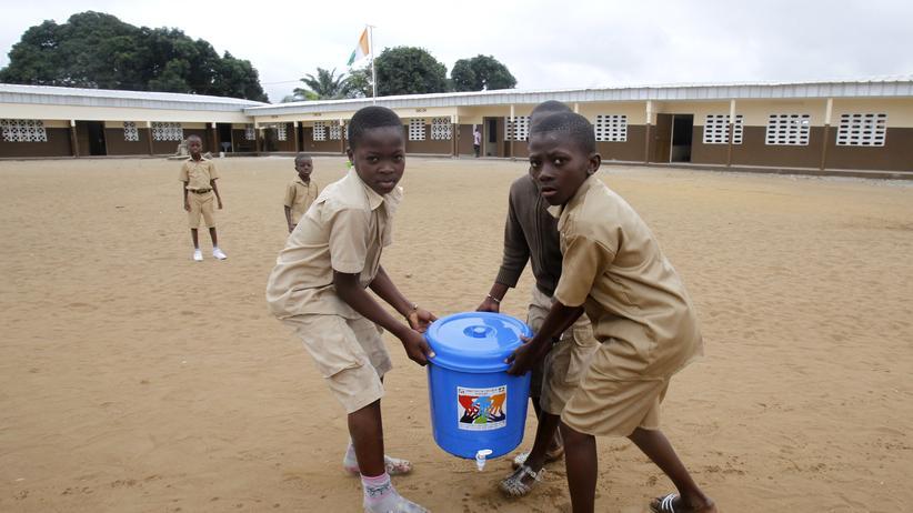 Ebolahilfe Elfenbeinküste Merkel