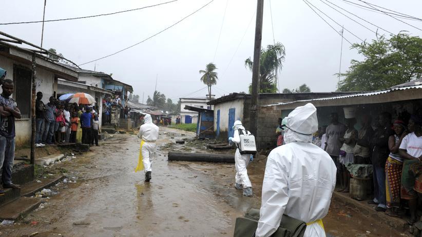Westafrika: Obama befürchtet globale Ebola-Krise