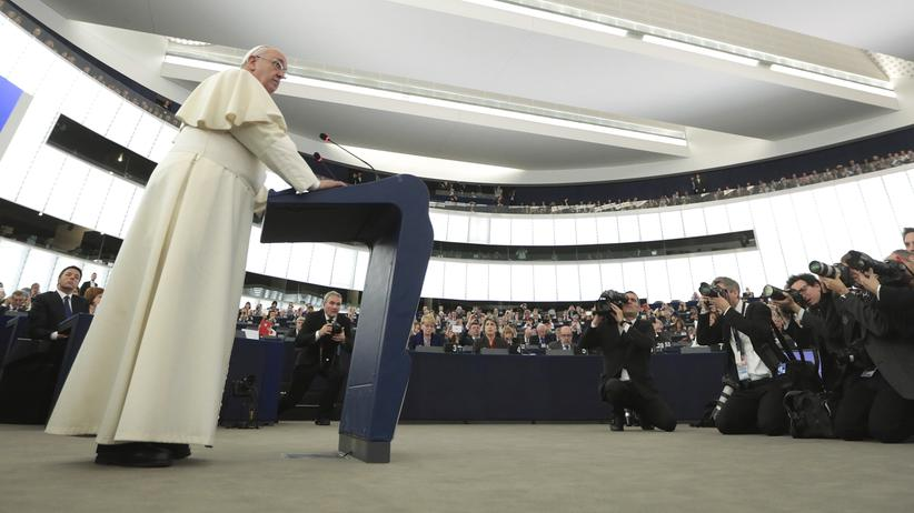 Papst Franziskus: So katholisch wie nötig