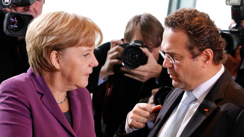 CSU: Friedrichs Kritik an Merkel spaltet die Union