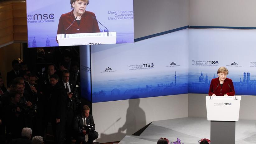 Münchner Sicherheitskonferenz:Merkel mahnt den Westen zu Geduld