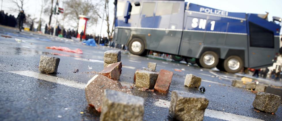 EZB Frankfurt Blockupy Demonstration