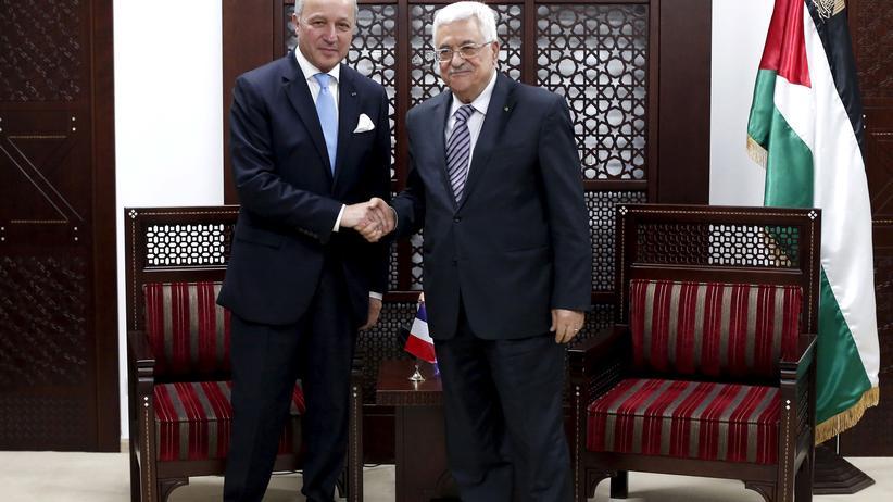 Frankreichs Außenminister Laurent Fabius und Palästinenserpräsident Mahmud Abbas