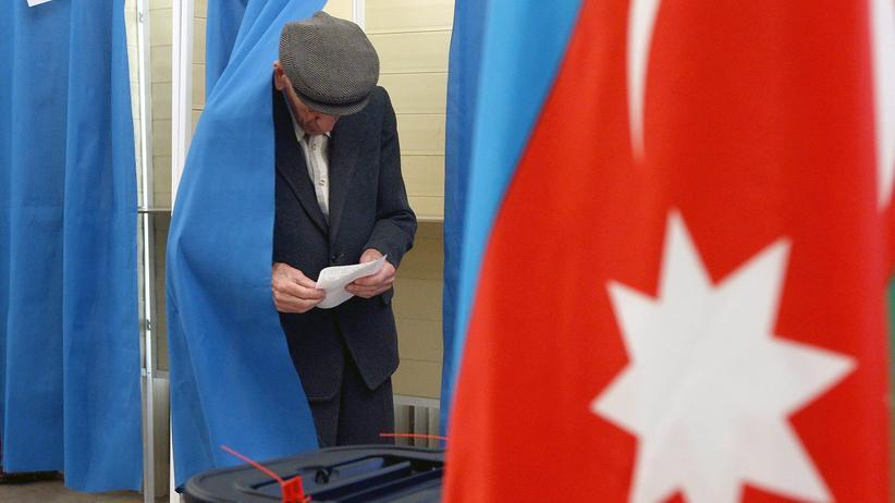 Aserbaidschan: Rund 5,9 Millionen Menschen waren zur Stimmabgabe in Aserbaidschan aufgerufen.
