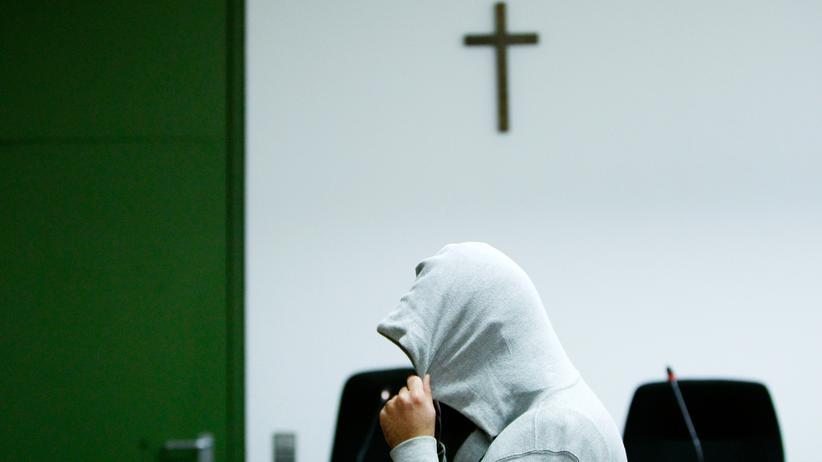 Bundesanwaltschaft: Wegen Mitgliedschaft in der Terrororganisation IS angeklagt: Harun P. vor Gericht in München