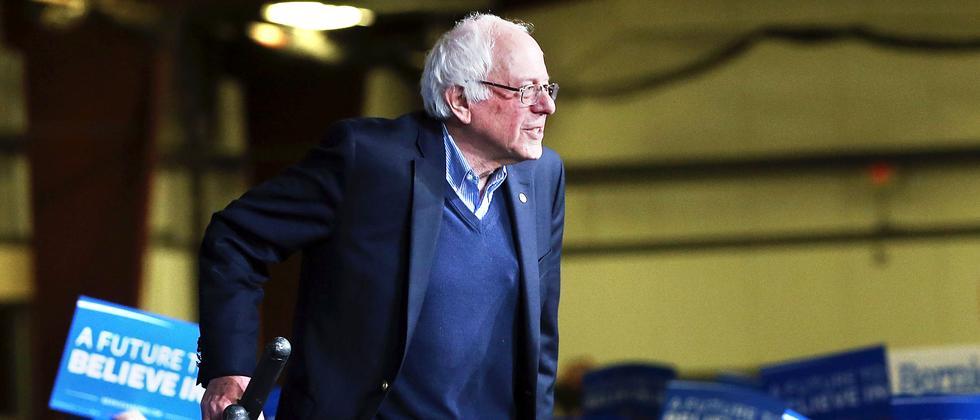 Bernie Sanders wird von seinen Anhängern in Essex Junction im US-Bundesstaat Vermont gefeiert.
