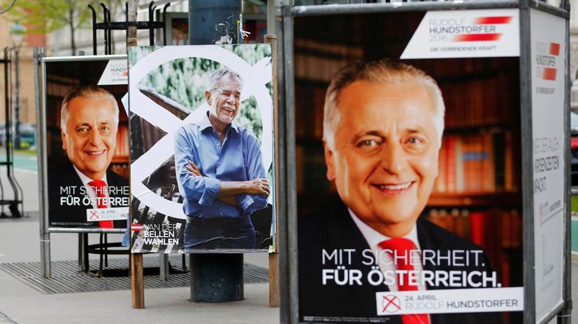 Österreich: Wahlplakate zur Bundespräsidentenwahl in Wien