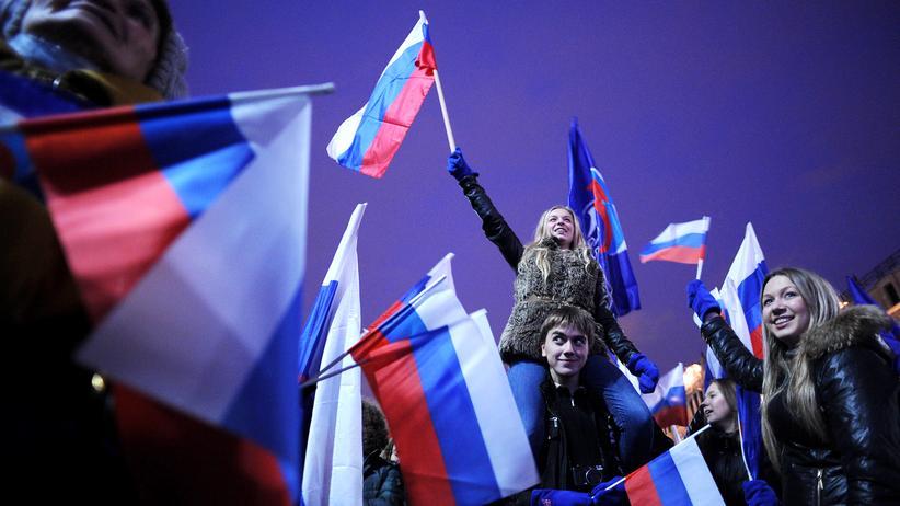 Alternative für Deutschland: Jetzt mit engen Verbindungen nach Deutschland: Putins Junge Garde
