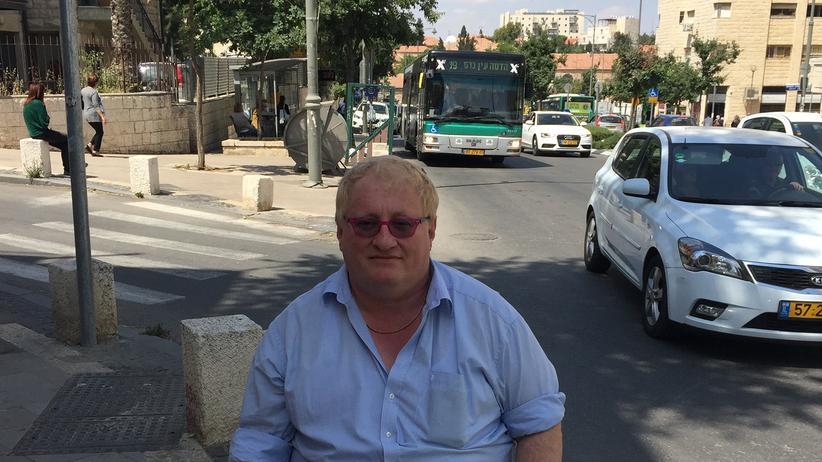 Tuvia Tenenbom während seiner Tour durch Jerusalem