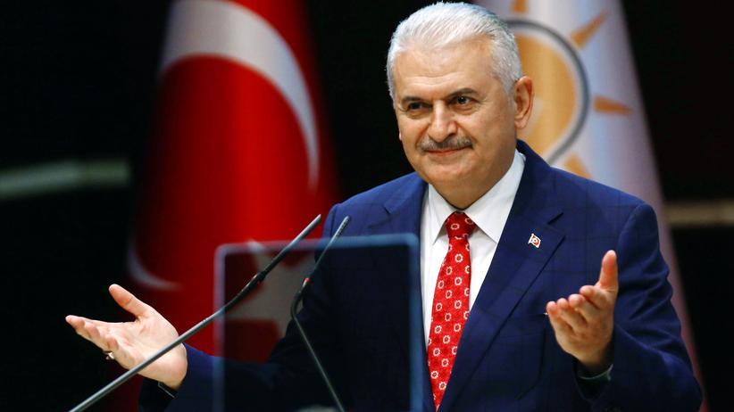 Türkei: Der türkische Premier Yıldırım bei einem Treffen der AKP in Ankara