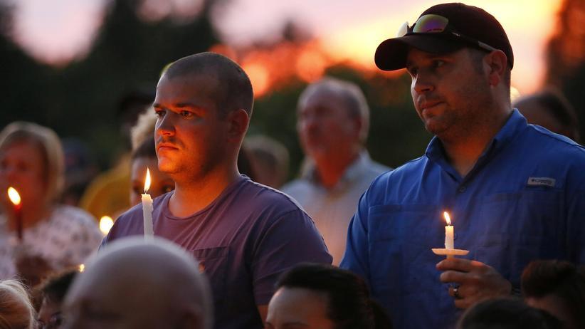 Baton Rouge: Menschen trauern in Baton Rouge nach dem Mord an Polizisten.