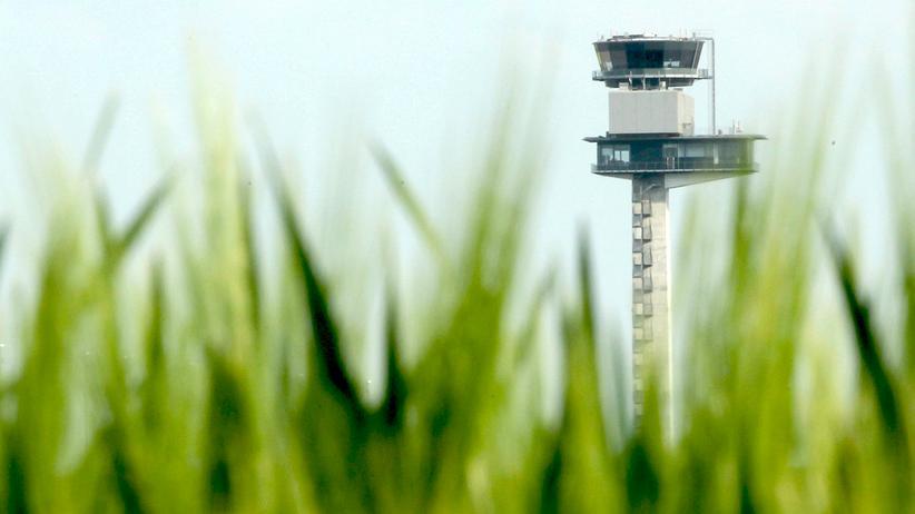 BER-Korruptionsprozess: Kontrollturm des Berliner Haupstadtflughafens