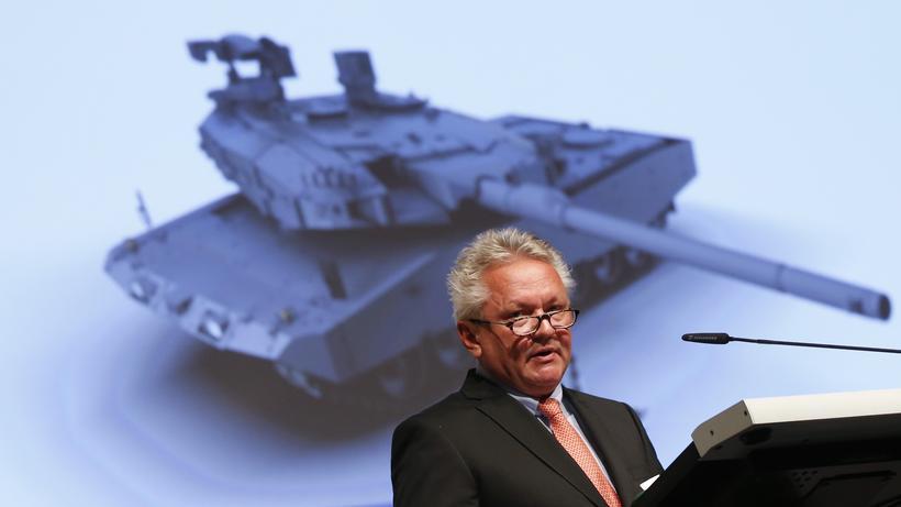 Rheinmetall: Armin Papperger, Vorstandsvorsitzender von Rheinmetall, im Mai auf einer Aktionärsversammlung in Berlin