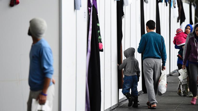 Asylpolitik: Insgesamt befinden sich derzeit knapp 250.000 afghanische Flüchtlinge in Deutschland.