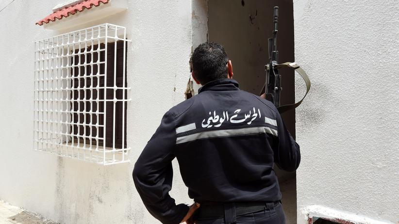 Amnesty International: Menschenrechtler kritisieren Polizeibrutalität in Tunesien