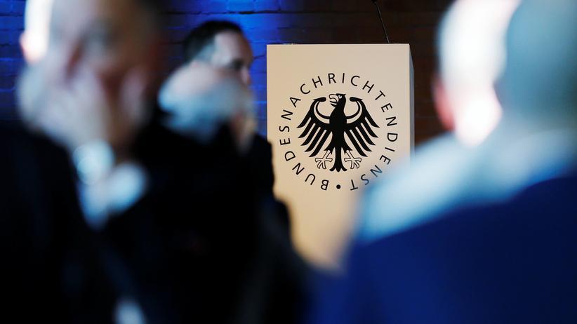 Spracherkennung: EU finanziert Überwachungstechnik für den BND