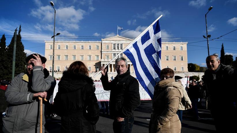 Schuldenkrise: Proteste gegen Sparmaßnahmen vor dem Parlament im Februar 2017 in Athen