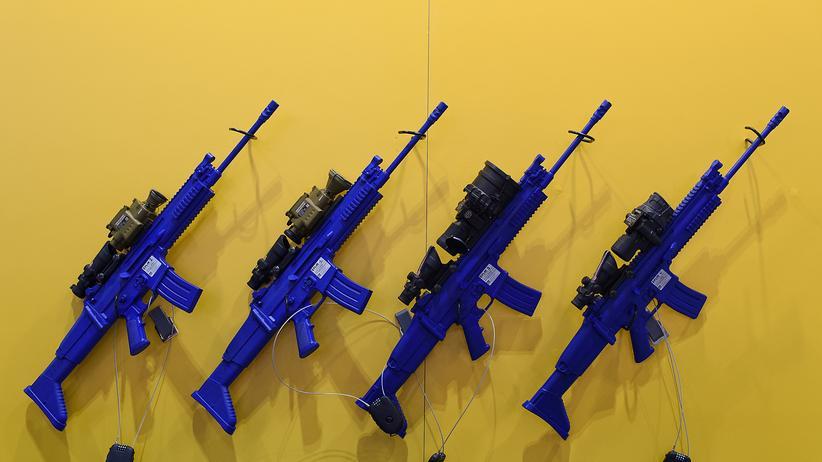 Sipri-Studie: USA und Russland waren 2016 die beiden größten Waffenexporteure. Sie beherrschten zusammen 56 Prozent des Marktes.