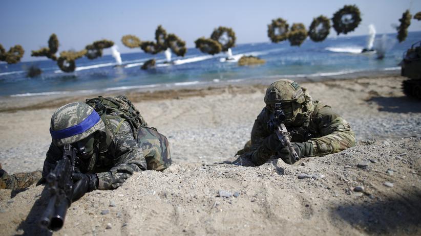 Pazifik: Südkoreanische und amerikanische Soldaten bei einer Übung