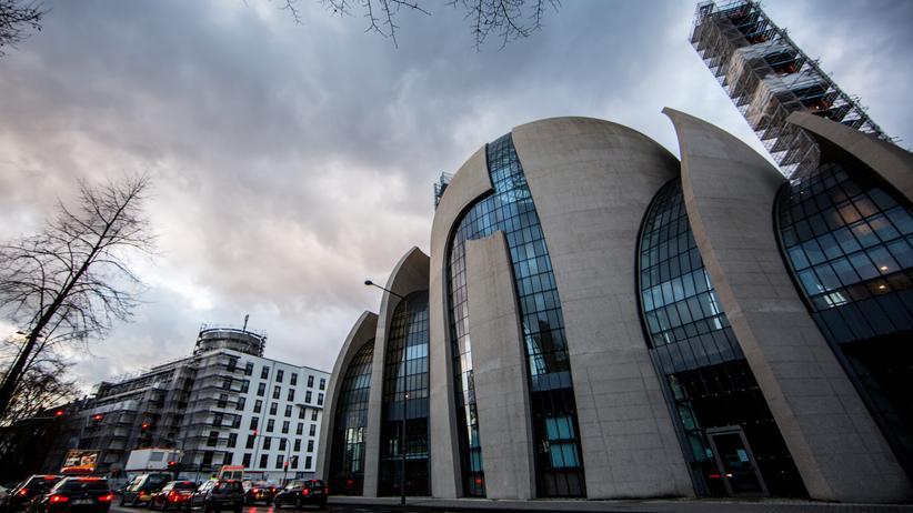 Spionage: Eine Ditib-Moschee in Köln: Ditib-Imame stehen im Verdacht, Informationen über Gülen-Anhänger zu sammeln.