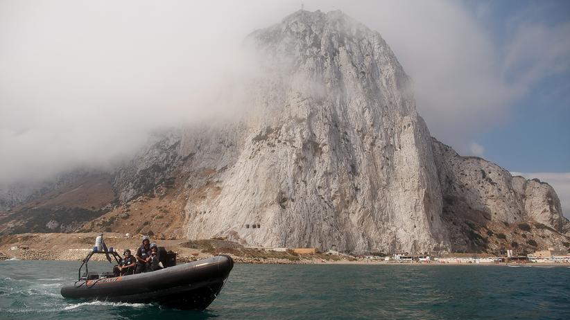 Großbritannien und Spanien: Ein Patrouillenboot vor Gibraltar