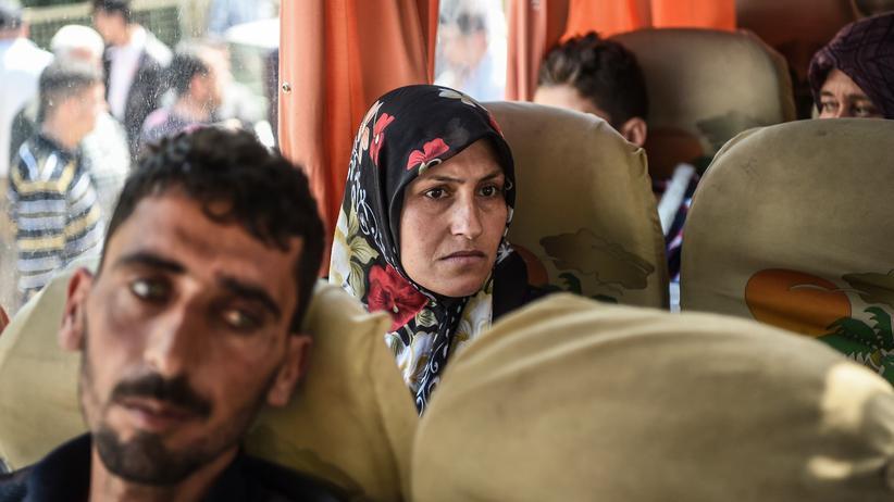 Syrien: Opfer der Giftgasattacke in Idlib, nachdem sie im Krankenhaus Reyhanli in Hatay behandelt wurden