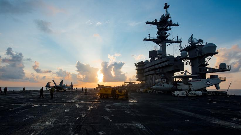 """Atomtest: Der Flugzeugträger """"USS Carl Vinson"""" ist in die Krisenregion unterwegs."""
