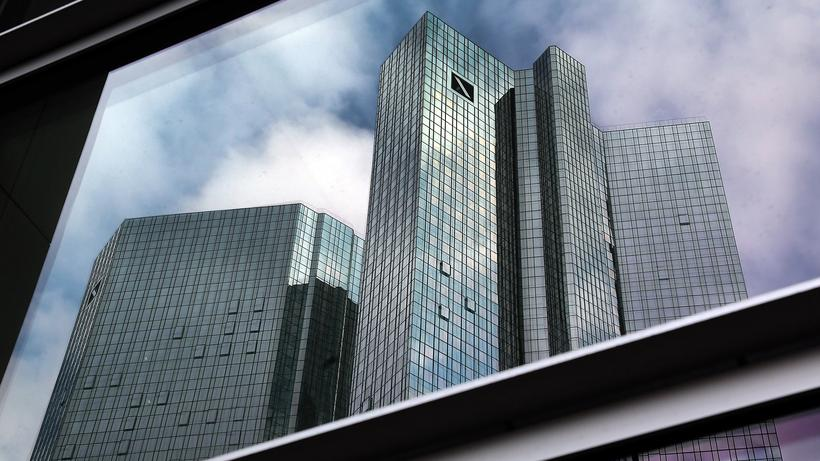 Donald Trump: Zentrale der Deutschen Bank in Frankfurt