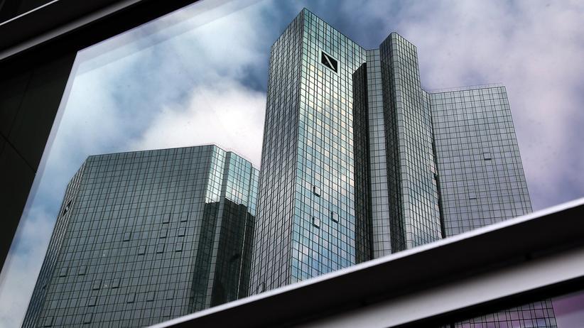 Donald Trump: Deutsche Bank soll Trump-Kredite offenlegen