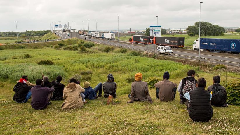 Europäisches Parlament: Überlasst die Migration nicht den Menschenhändlern