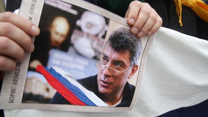 Mordprozess in Moskau: Angeklagte im Mordfall Nemzow müssen in Haft