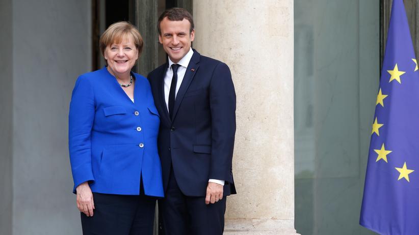 Frankreich: Macron fordert, Merkel zögert