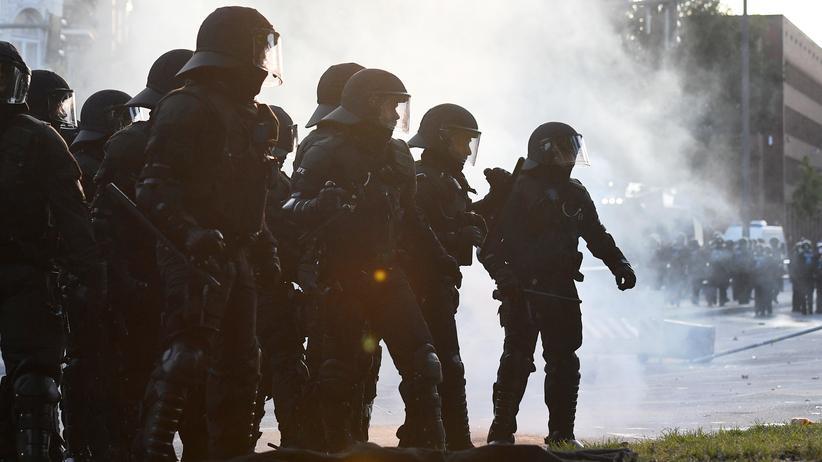 G20-Polizeieinsatz: Polizisten während des G20-Gipfels in Hamburg