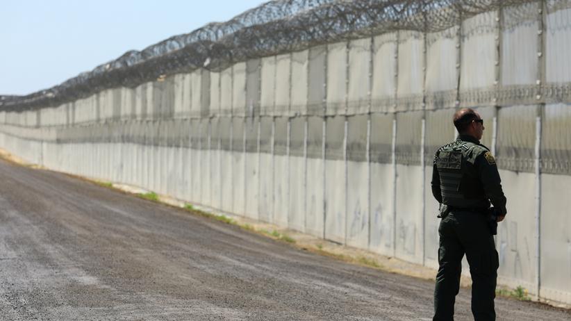 Mauer zu Mexiko: Teile des Grenzzauns zu Mexiko bei San Diego.